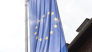 """ES: """"Facebook"""" turi prisitaikyti prie ES standartų, o ne atvirkščiai"""